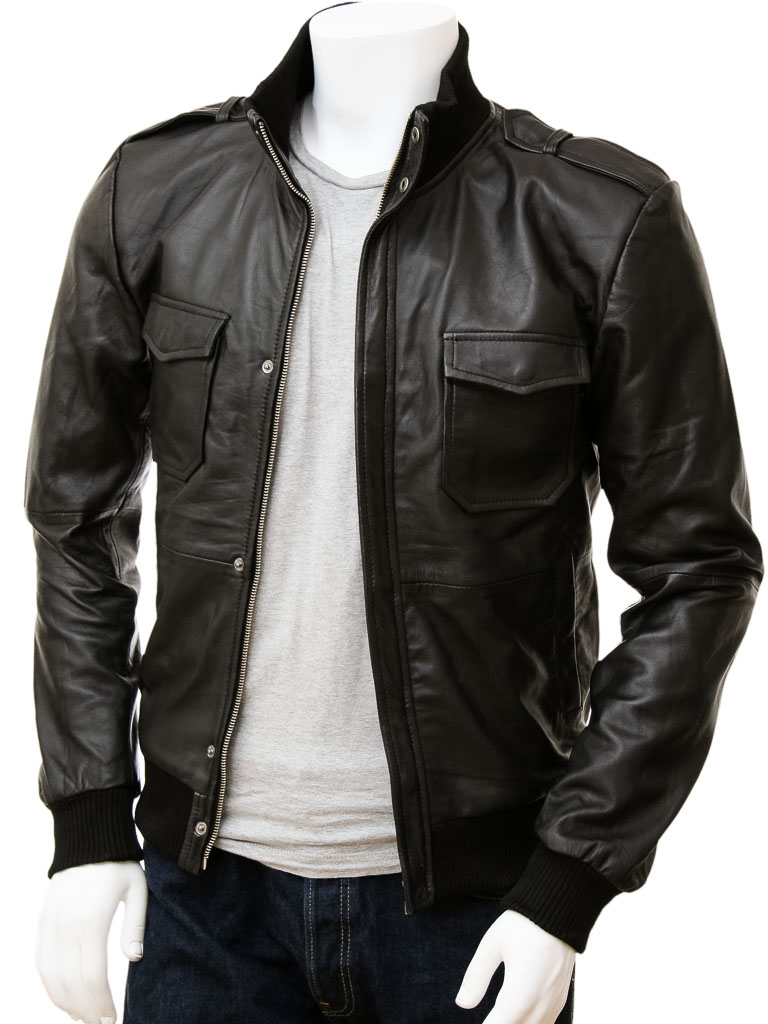 USA Leather 'Classic' Mens Black Leather Coat The USA Leather 'Classic' Leather Coat is a mens leather jacket with front four button closure and 2 side pockets. This coat features zip-out lining and is made of a fine soft touch leather (Very soft leather). Great look and style of leather, all in one jacket.