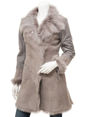 Women's Toscana Sheepskin Coat in Grey: Courtland